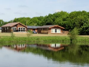 Log Cabins overlooking Frisby Lakes